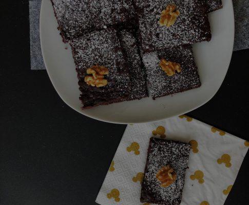 Saftige Zucchini-Brownies #sojafrei